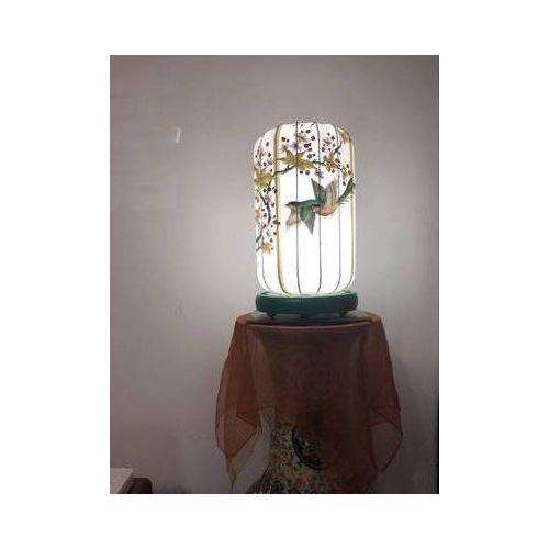 Настольная лампа на подставке Весна