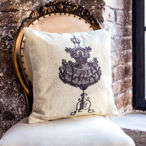 Интерьерная подушка «Старинная гравюра», версия 24