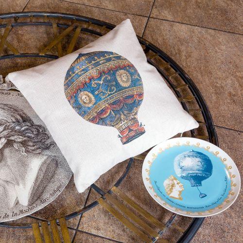 Интерьерная подушка «Монгольфьер»