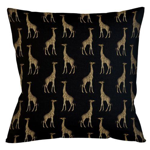 Интерьерная подушка «Группа жирафов в черном»