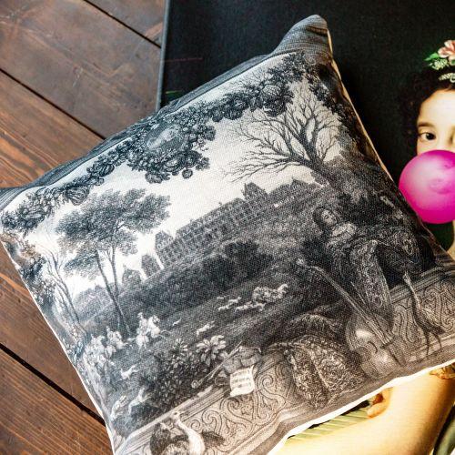 Арт-подушка «Дворец Монсо»